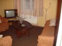 Izīrē 2 istabu dzīvokli